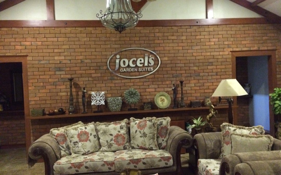 Jocel's Garden Suites DOUBLE TWIN BED